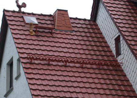 Фото: Металллочерепица на крыше дома