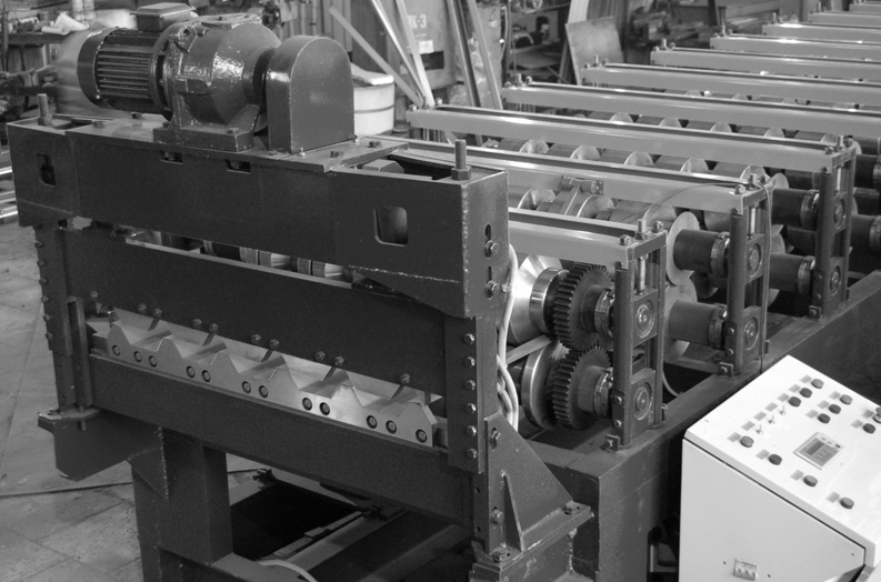 Фото: Станки и другое оборудование для производства профильного листа (профнастила)