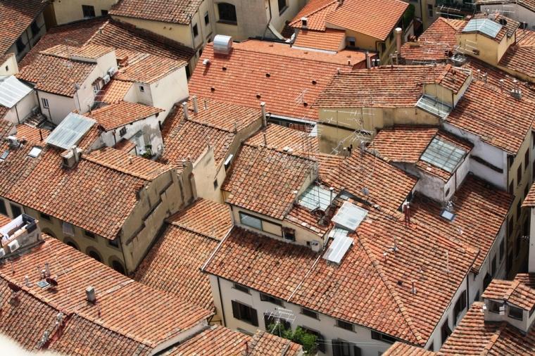 Фото: Крыши домов из натуральной черепицы