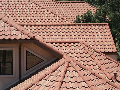 Фото: Крыша дома из керамической черепицы