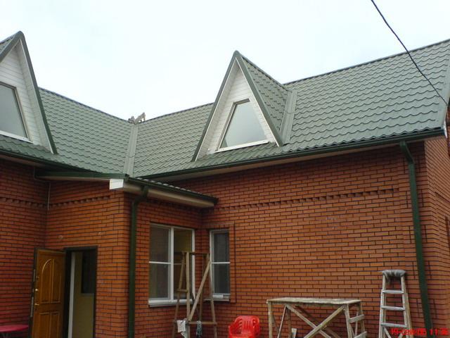 Фото: Черепицы на крыше дома