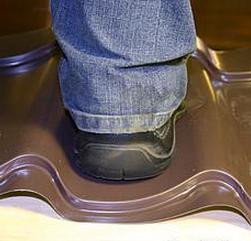 Фото: Как проверить прочность металлочерепицы